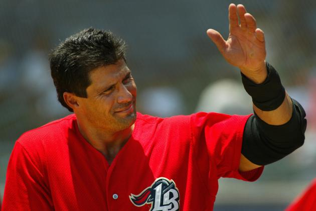 25 Reasons We Love Jose Canseco's Twitter Account