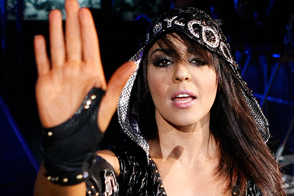 WWE: 6 Potential Future Feuds for the New Divas Champion Layla