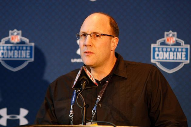 Kansas City Chiefs: Reviewing Scott Pioli's Draft History with Chiefs