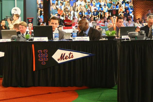 New York Mets: 5 Players That Sandy Alderson Should Eye in the Draft
