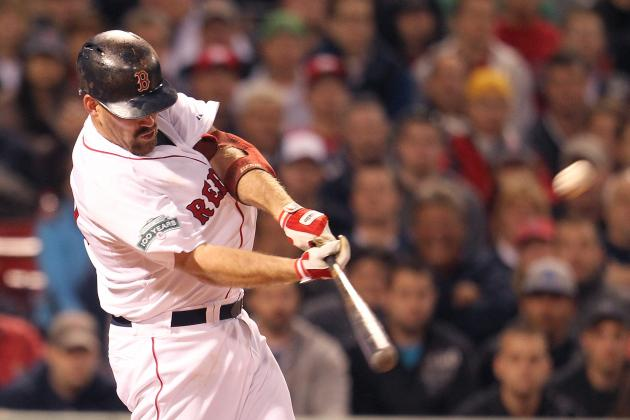 Kevin Youkilis: 5 Reasons the Boston Red Sox Shouldn't Give Up on Him