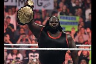WWE Smackdown: 7 Reasons Mark Henry Should Be Back on Top