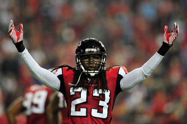 Dunta Robinson and 4 Falcons Fighting for NFL Jobs in 2012