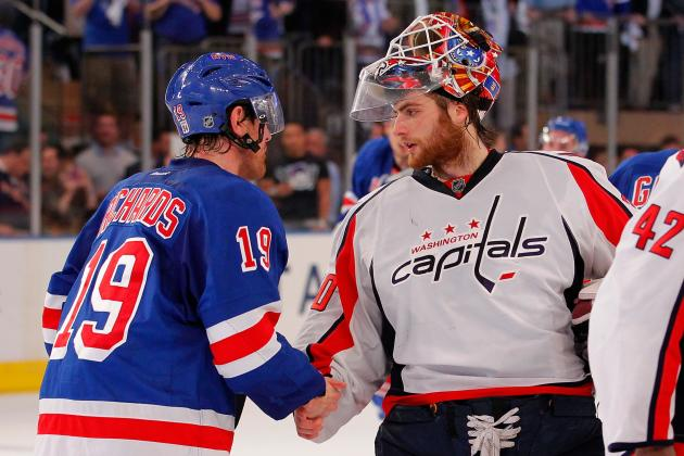 Washington Capitals: 4 Reasons the Caps Can't Trust Braden Holtby in Goal