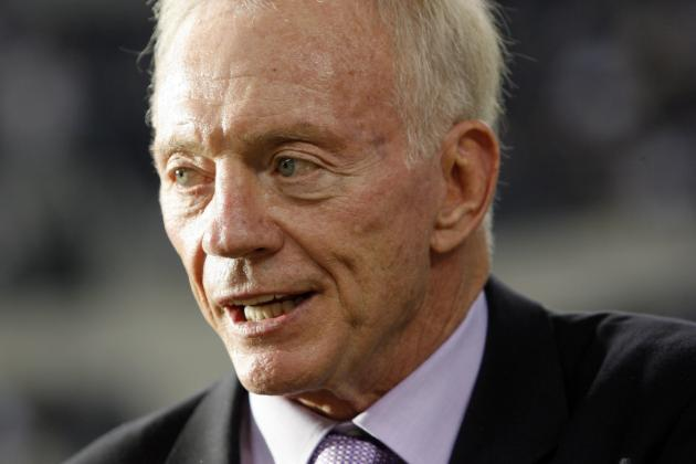 7 Reasons Jerry Jones Will Be NFL GM of the Year in 2012