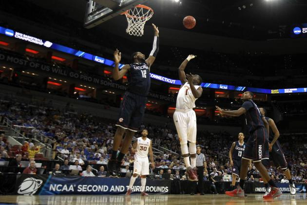 Philadelphia 76ers: 7 Reasons Sixers Must Move Up in the 2012 NBA Draft
