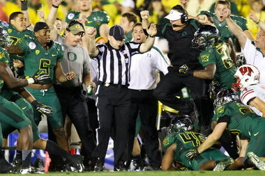 Why Chip Kelly Should Never Leave the Oregon Ducks Program