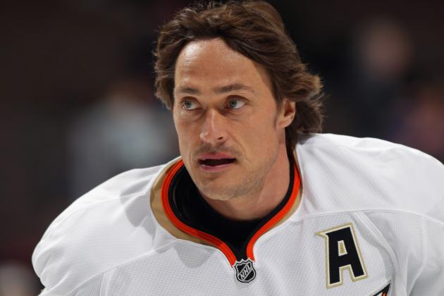 10 Aging NHL Players and Whether They'll Be Back in 2012-13