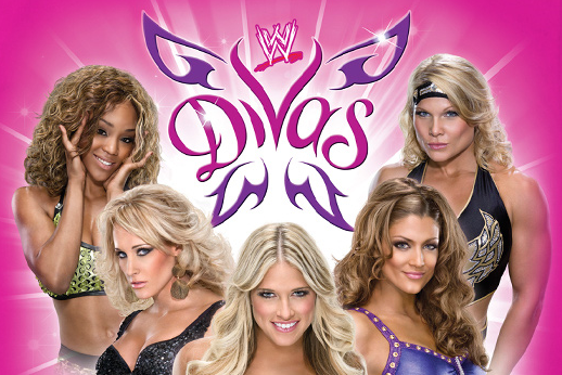 WWE Divas: 5 Female Pro Wrestlers  Who Could Strengthen the Weak Division