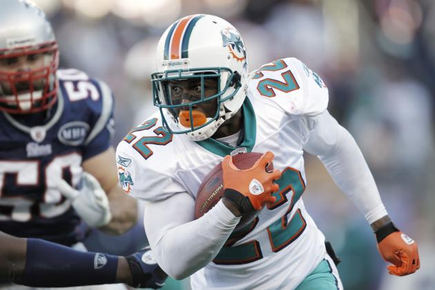 5 Most Overpaid and Underpaid Dolphins Currently on the Roster