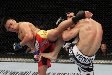UFC 148 Fight Card: Cung Le and the 10 Most Unorthodox Strikers in MMA
