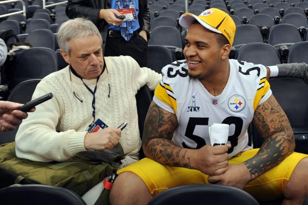10 NFL Players Who Will Become Media Darlings in 2012