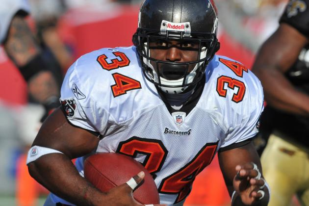 5 Free Agents the Tampa Bay Buccaneers Should Bring in for Training Camp
