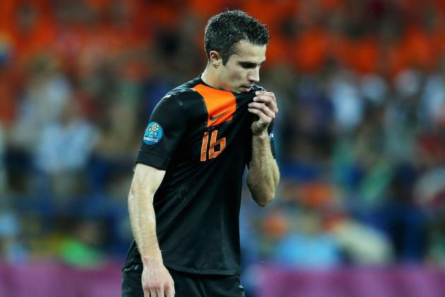 Robin Van Persie: Predictions for Next Season If He Stays at Arsenal