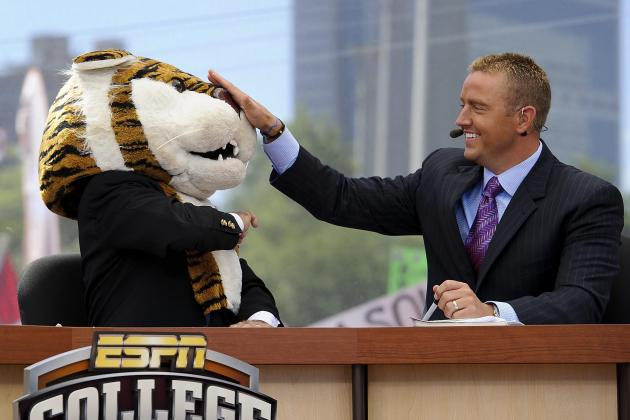 50 College Gameday Signs That Should Be Made for 2012 Games