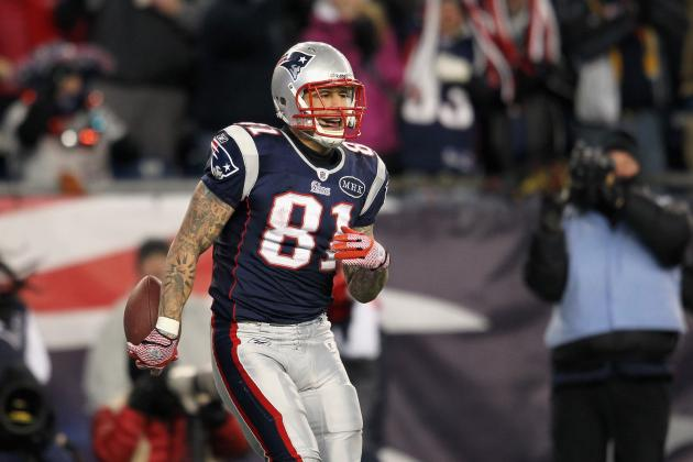 5 Reasons to Draft Aaron Hernandez in Your Fantasy Football League