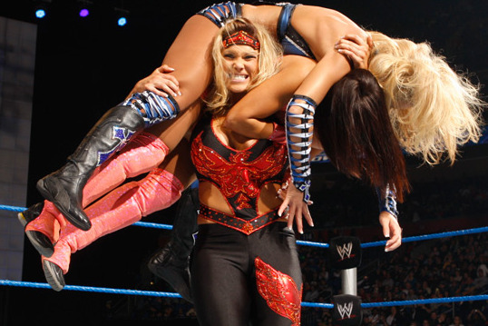 5 WWE Divas We'd Never Take Home to Mom