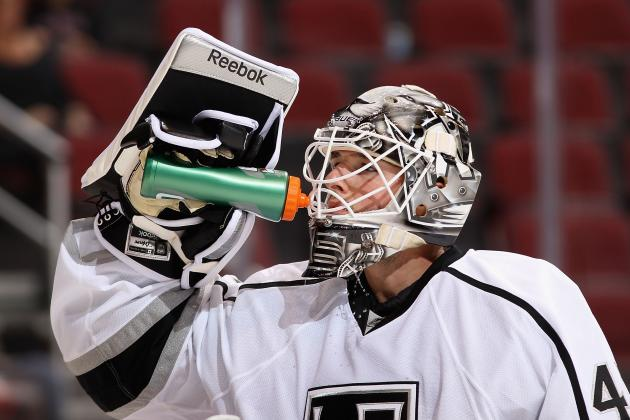 NHL Trade Speculation: 3 Reasons LA Kings Need to Move Jonathan Bernier Now