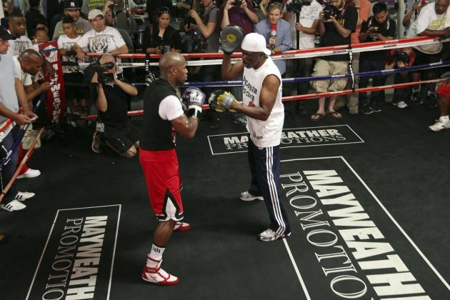 Can Mayweather Jr. and Pacquiao Do Without Roger and Roach?
