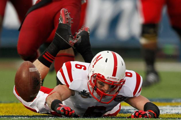College Football Predictions: 5 Favorites That Will Disappoint in 2012