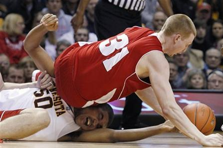 Minnesota vs. Wisconsin Basketball: Contrasting the Squads' Starting Lineups