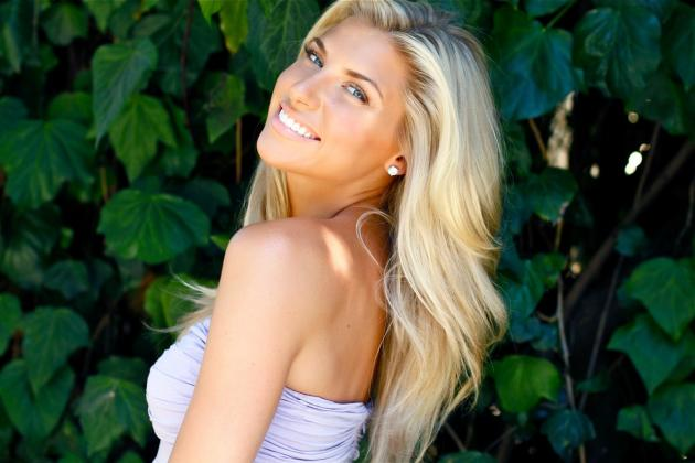 The 40 Hottest College Football Reporters