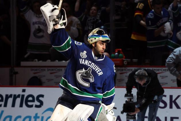 5 Reasons Vancouver Canucks Should Do All They Can to Hang on to Roberto Luongo
