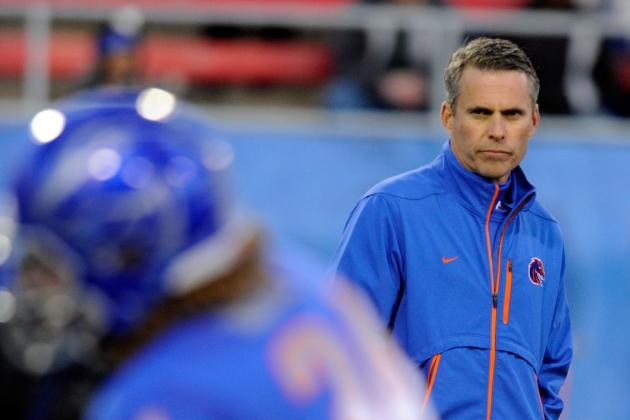 Boise State Football: 3 Reasons Chris Petersen Hasn't Named a Starting QB