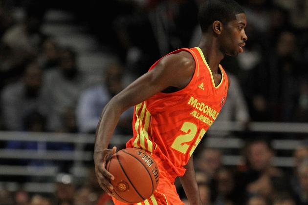 Kentucky Wildcats Basketball: 4 Reasons Why Amile Jefferson Was Not a Good Fit