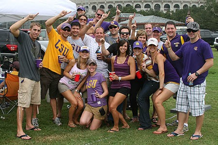 College Football 2012: Power Ranking the Week 1 Tailgating Sites