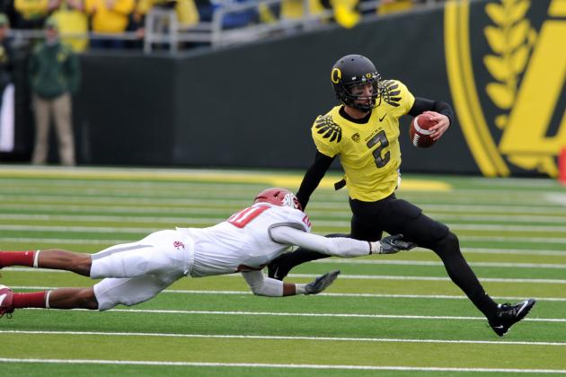 Oregon Football: 5 Reasons Staying with Ducks Is QB Bryan Bennett's Best Move