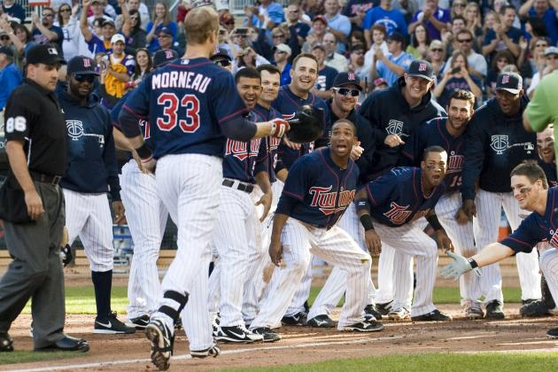 Minnesota Twins: Which Game Was a Better Ticket on Sunday, Vikes or Twins?