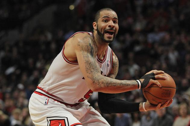 5 Ways Carlos Boozer Can Save His Tenure with Chicago Bulls in 2012-13 Season