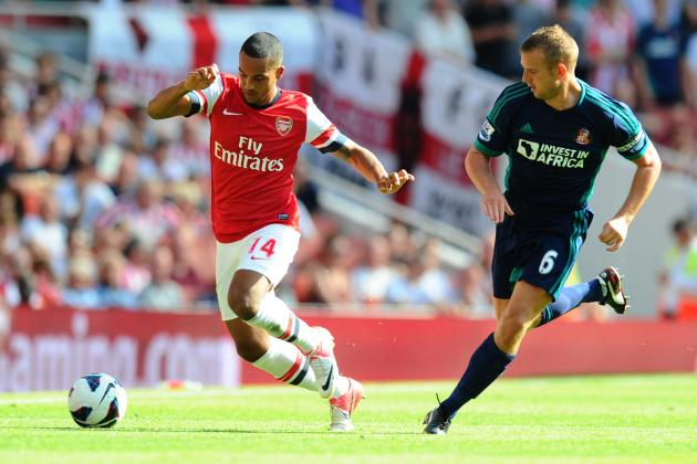 Arsenal: 5 Reasons Arsene Wenger Should Try Theo Walcott as a Striker