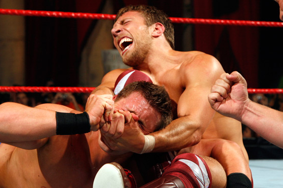 The 25 Most Painful Finishers of All Time