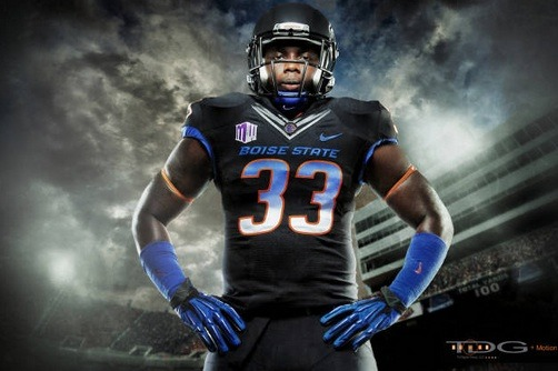 Boise State Football: Grading Broncos' New Uniforms for Matchup vs. UNLV