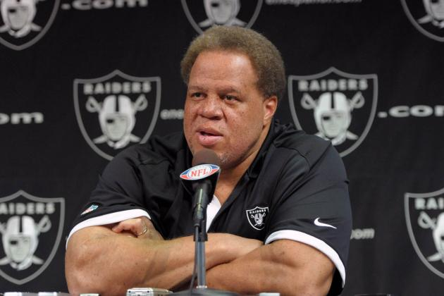 Oakland Raiders: 3 Realistic Moves Raiders Could Make at Trade Deadline