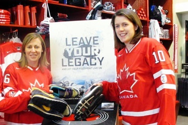 25 Greatest Women's Hockey Players from Ontario