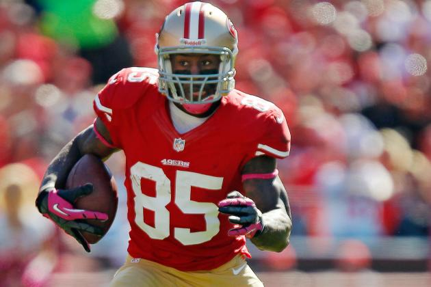 49ers vs. Cardinals: Vernon Davis and Key Players for Both Teams