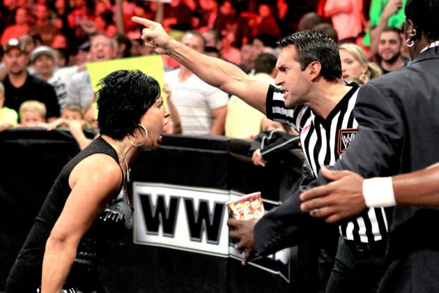 5 Spots That Always Lead to a Swing in Momentum Between Two WWE Superstars