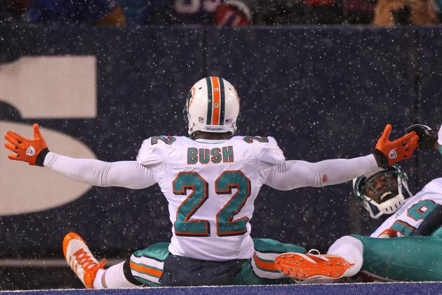 Miami Dolphins: 5 Reasons Reggie Bush, Running Game Will Expose Bills Defense