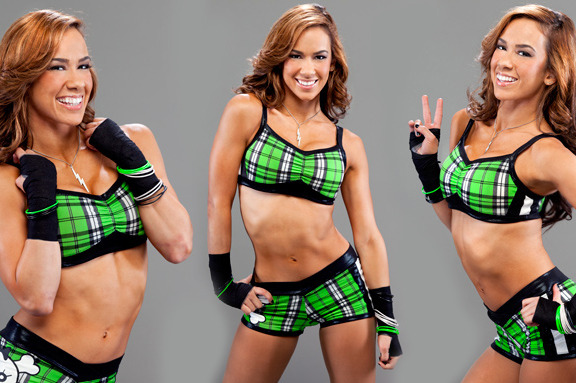 AJ Lee: Ranking the WWE Diva's Best Outfits