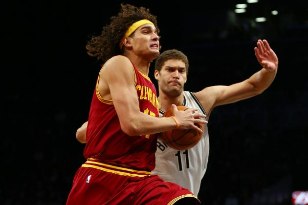 NBA Trade Rumors: 8 Reasons the Cavs Shouldn't Deal Anderson Varejao