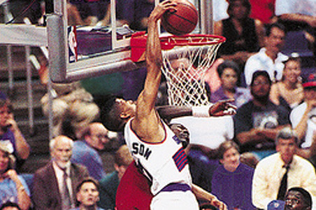 Phoenix Suns: Ranking the Top 5 in-Game Dunks in Franchise History