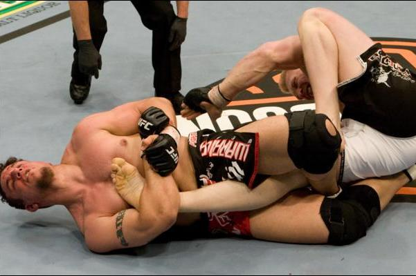 5 UFC Fighters with Slick Submissions