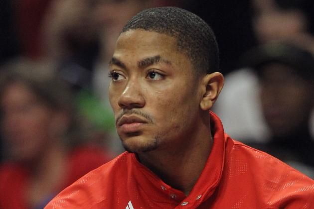 5 Reasons Derrick Rose Shouldn't Sit out the Entire Season