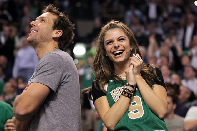 The 25 Hottest Celebrity Fans in the Stands
