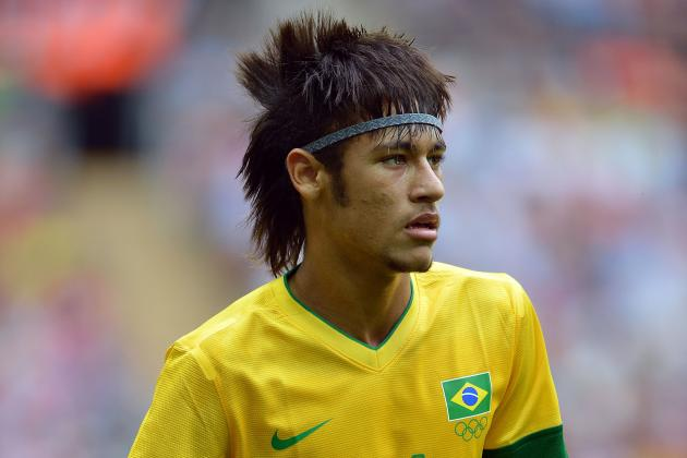 Neymar: Pros and Cons of Barcelona Signing Brazilian Star