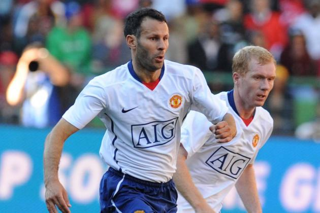 5 Manchester United Transfer Targets Who Could Take over for Giggs and Scholes