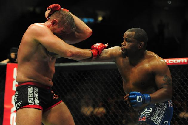 Top 5 Strikeforce Fighters Per Division Who Should Move to the UFC